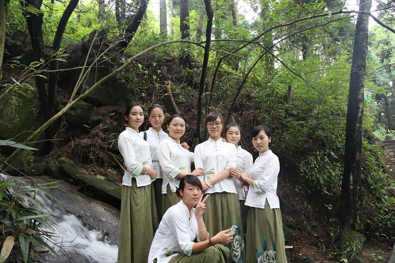茶姑娘福寿山基地游